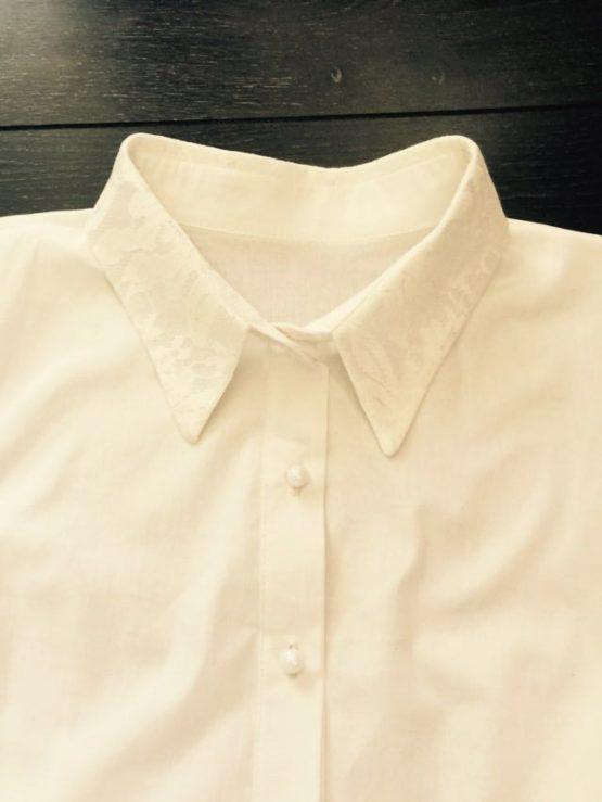 55987 Блузка с гипюровым воротником (поплин) МОЛОЧНЫЙ