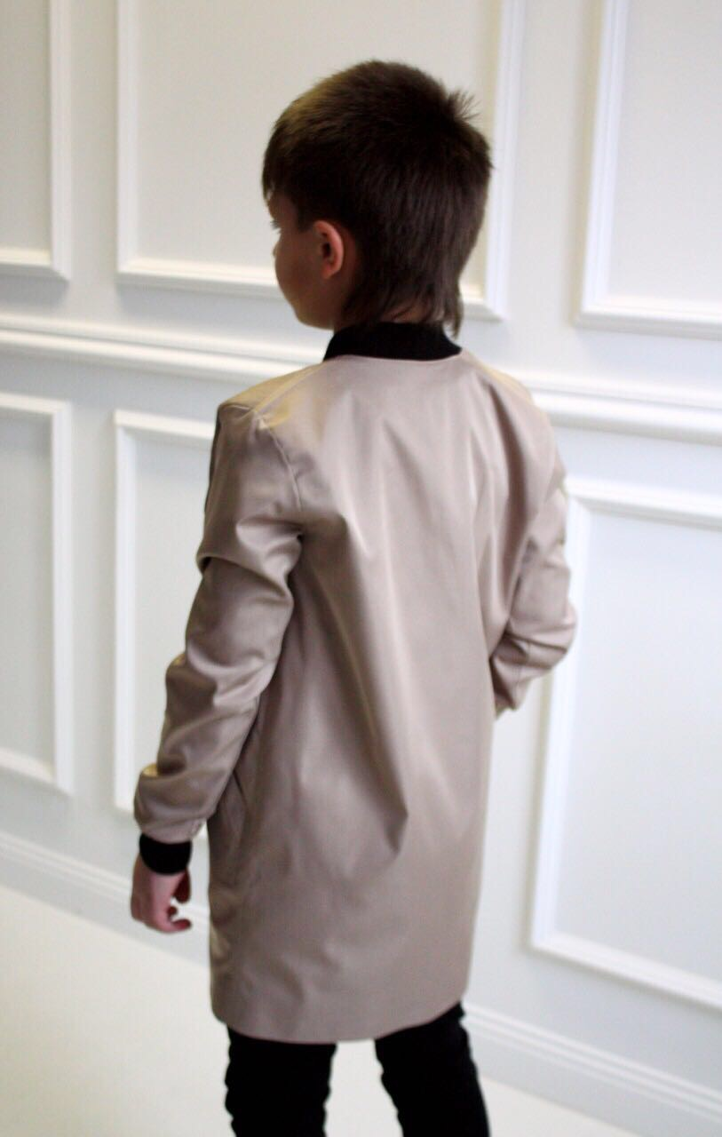 646112 Плащ для мальчика (костюмная ткань) БЕЖЕВЫЙ